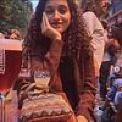Núbia zoekt een Studio in Gent