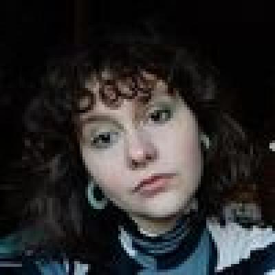 Margot zoekt een Kamer / Studio in Gent