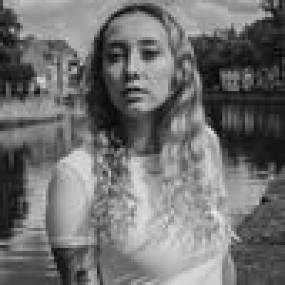 Vanessa zoekt een Appartement / Studio in Gent