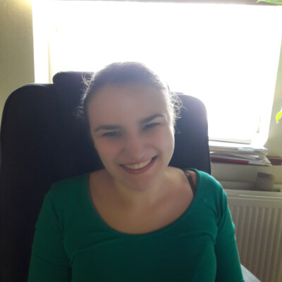 Natacha zoekt een Kamer / Studio in Gent