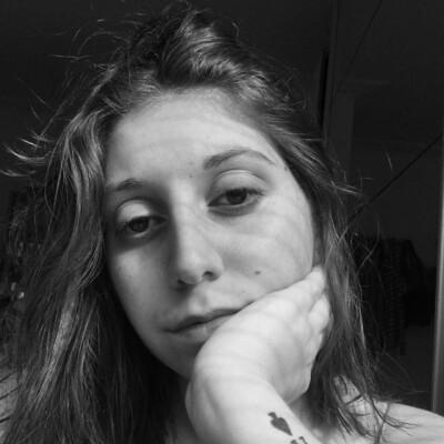 Jolien zoekt een Kamer / Studio in Gent